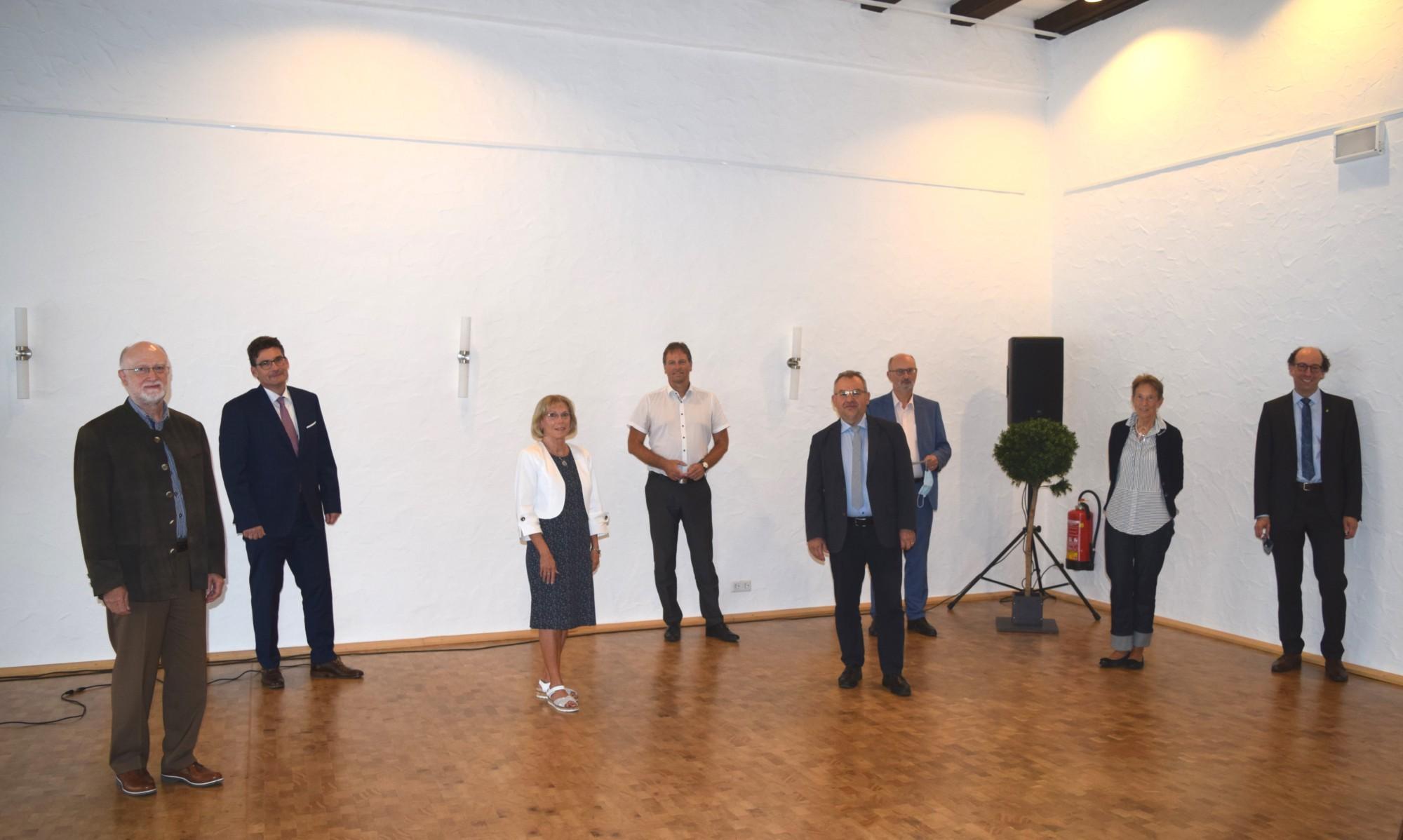 Spende der Julius-Würth-Stiftung für Bauprojekt Bad Friedrichshall